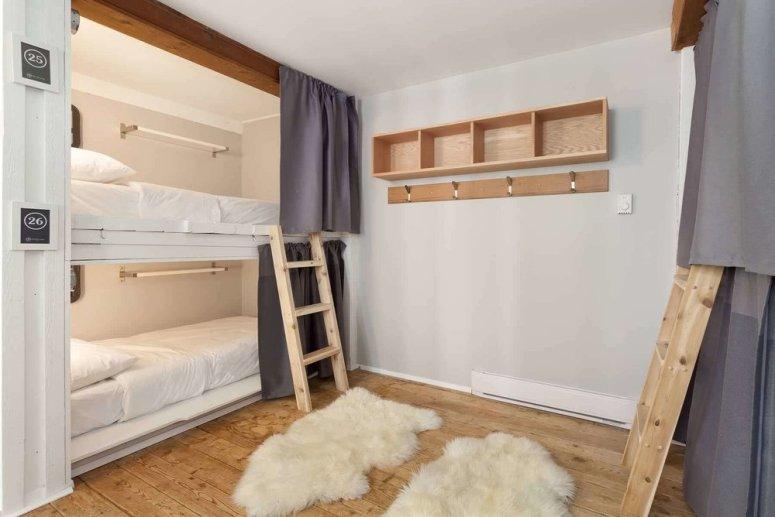Whistler-lodge-hostel-Dorm-Room